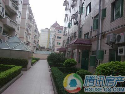 物业类别:普通住宅,公寓 项目位置:东城东莞市东城区红荔路上(吉之岛